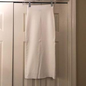Dresses & Skirts - SOLD - White midi Bodycon skirt